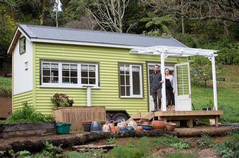 tom  shaye wilson   tiny house  oratia