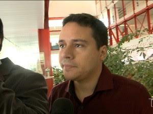 Thiago Maranhão recebia salário de R$ 7,5 mil mais R$ 800 referentes ao auxílio alimentação do TCE (Foto: Reprodução/TV Mirante)