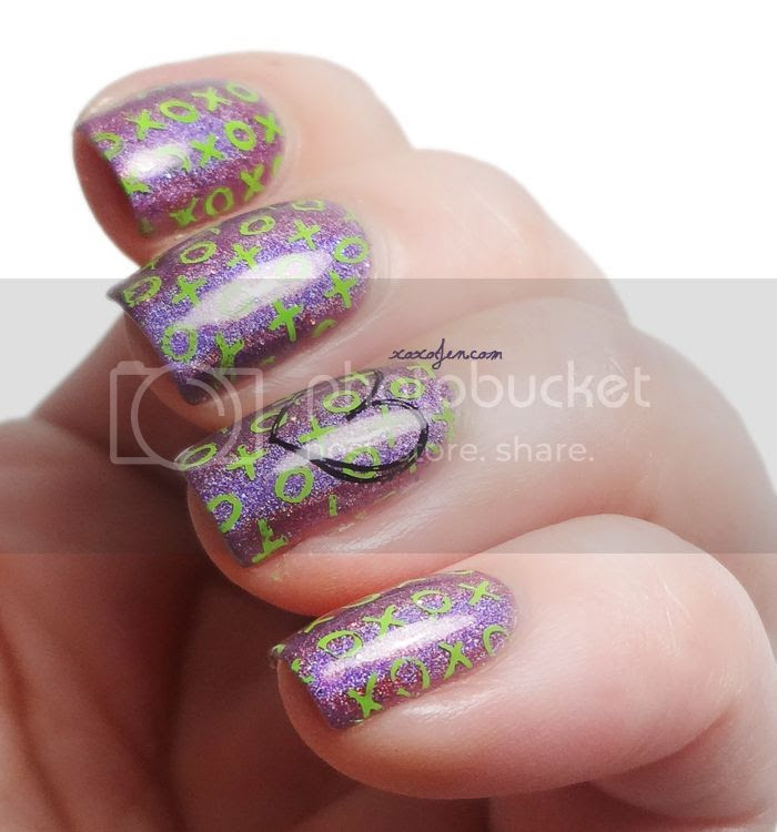 xoxoJen's swatch of Vivid Lacquer vl001 and Megatron