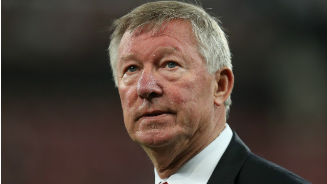 Manchester United boss Alex Ferguson has backed referee Mark Clattenburg following allegations made against him by Chelsea.