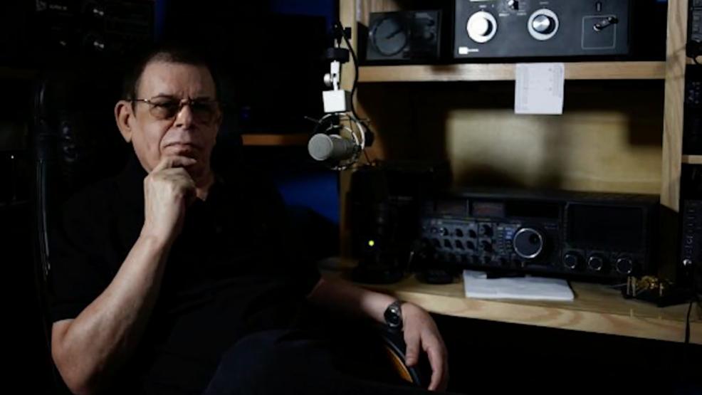 Legendary radio host Art Bell dies at 72.