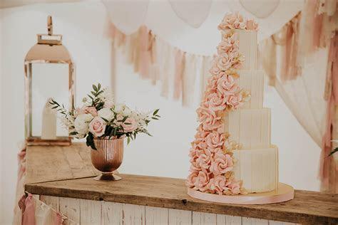 Rose Gold Wedding Theme