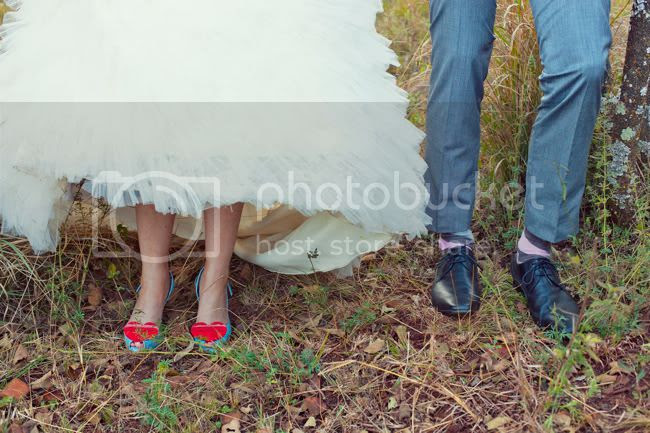 http://i892.photobucket.com/albums/ac125/lovemademedoit/PARRY_Portraits_057.jpg?t=1319741733