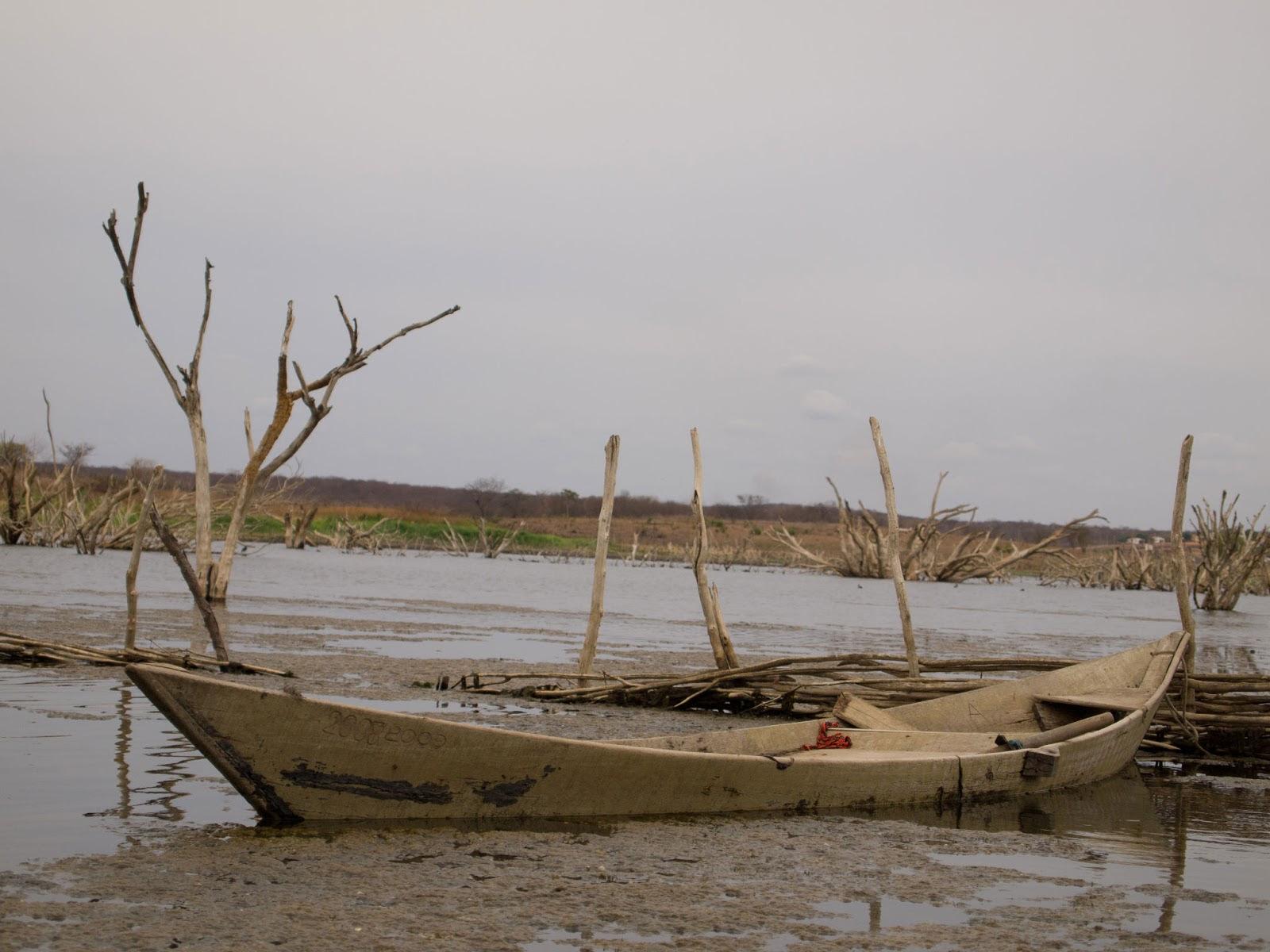 Existem poucas alternativas para a crítica situação de seca no estado. (FOTO: Arquivo/ Tribuna do Ceará)