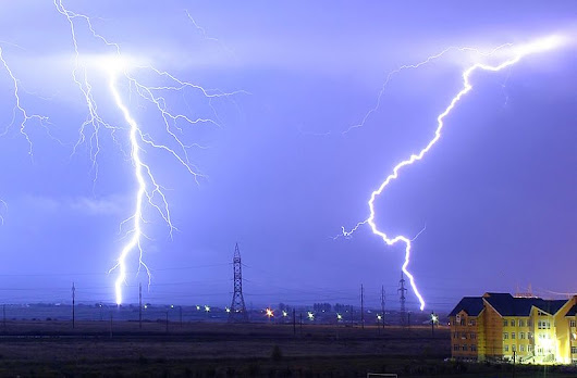 Lightning and Thunder, how does it happen ? - TechInTangent