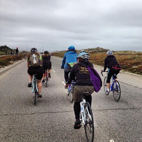 Ladies of leisure ride passing thru #sundaystreets