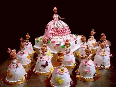 Barbie Cakes ? Decoration Ideas   Little Birthday Cakes