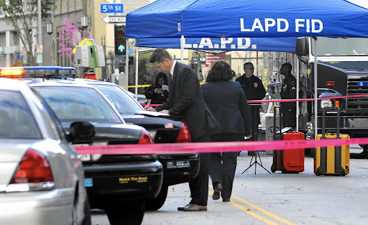LAPD skid row shooting: Once a weapon is grabbed, 'all bets are off'