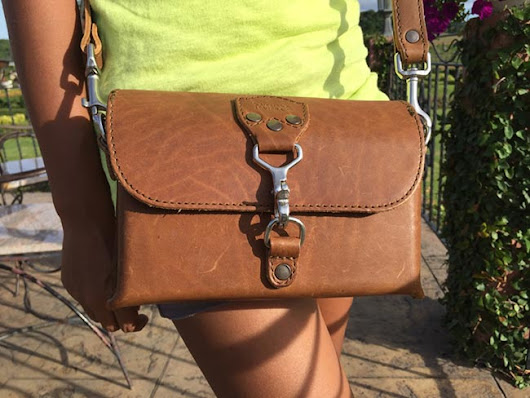 Saddleback Leather Clutch Purse - Medium - A Man's Review