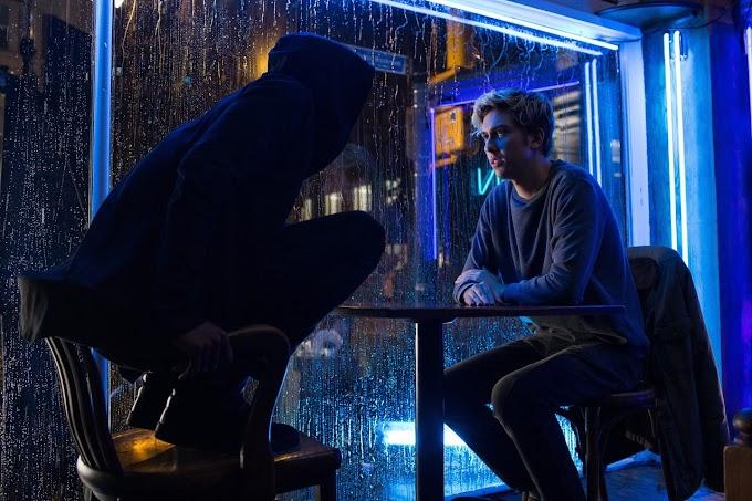 Death Note (2017) : Saat Lelucon Dirayakan Dengan Serius