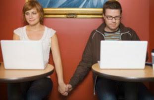 خطورة تعرف الفتاة على الشباب قبل زواجها