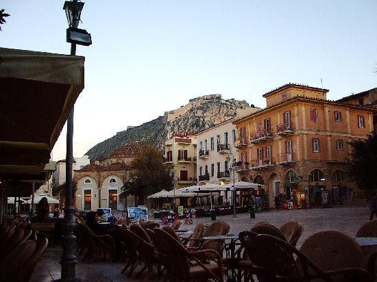 palamidi-fortress-sits