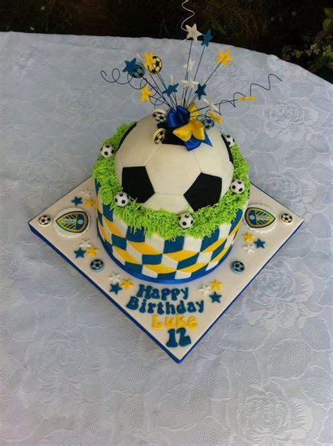 Leeds United football cake.   Random   Pinterest