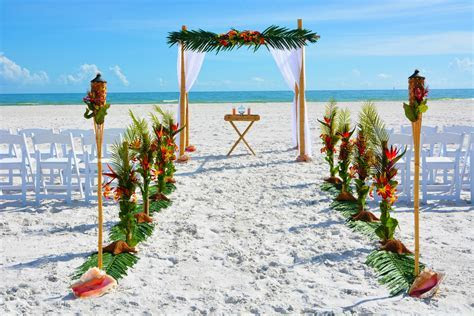 Tropical Florida Beach Weddings   Daytona Beach Wedding