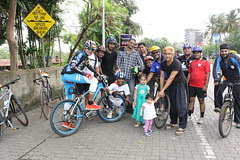 Three Street Photographer Bandra Cycling Club Carter Road by firoze shakir photographerno1