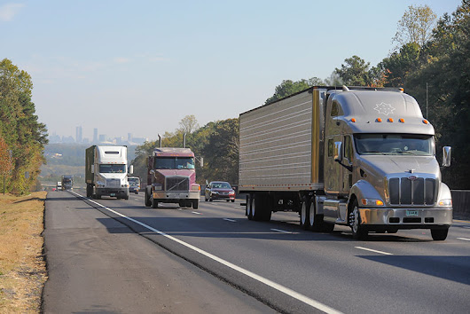 Trucking Companies Using New Recruitment Strategies to Attract Younger Truck Drivers | Trucks.com