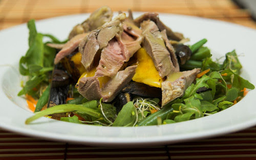 Roast lamb salad