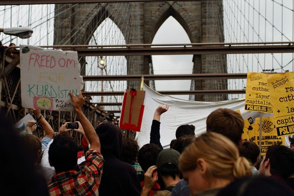 Twitter hands over Occupy Wall Street protestor's updates under pressure