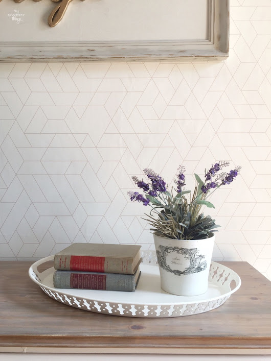 How to wallpaper walls easily