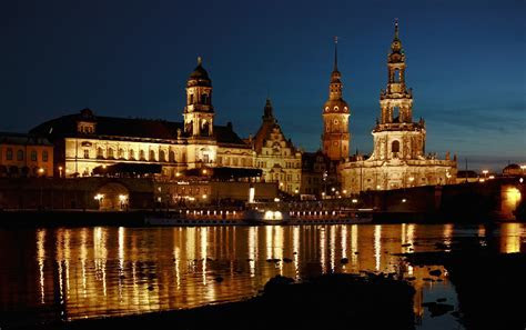 Free photo: Dresden, Elbufer, Night, Old Town   Free Image