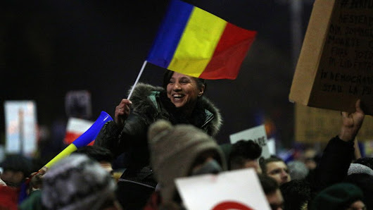 Romania to withdraw corruption decree after mass protests - BBC News
