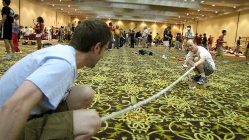Tug-of-war - Tom vs. Scott at juggling festival