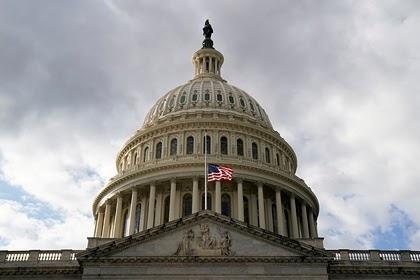 США ввели санкции против четырех связанных с разведкой иранцев