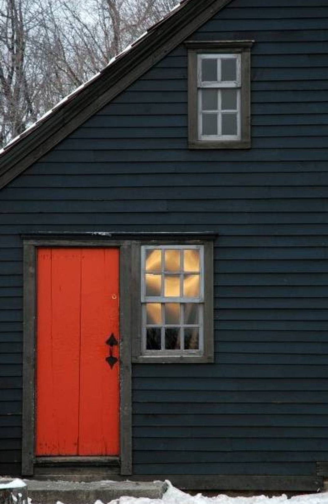 Exterior Paint Schemes And Consider Your Surroundings ...