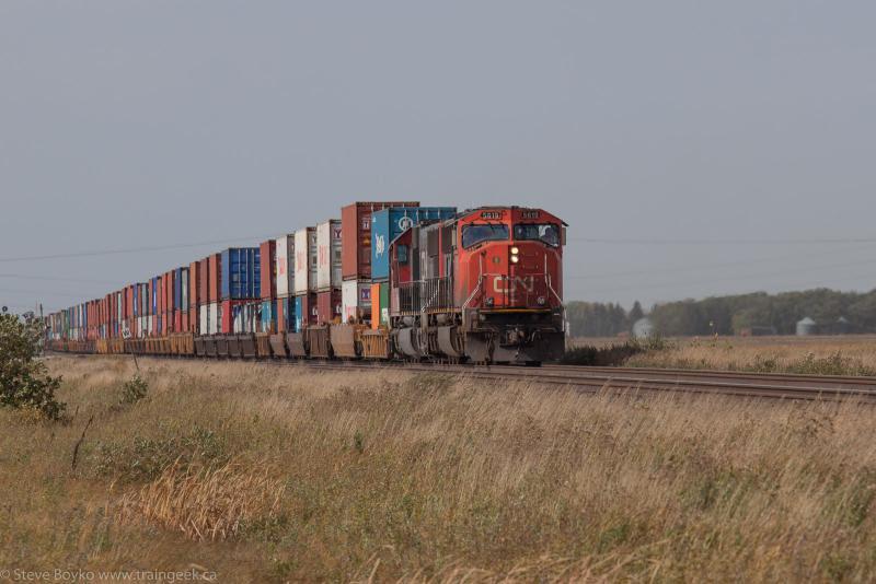 CN 5619 on CN 104