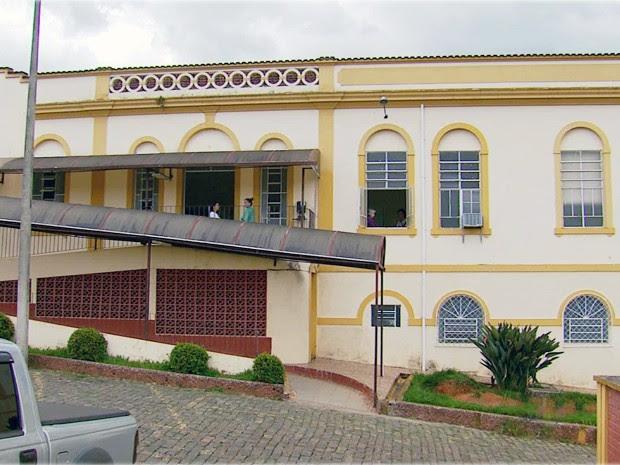 Doações de moradores evitou fechamento do Hospital São Vicente de Paulo, em Lambari (Foto: Devanir Gino / EPTV)
