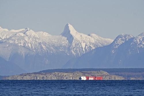 mount denman & barges