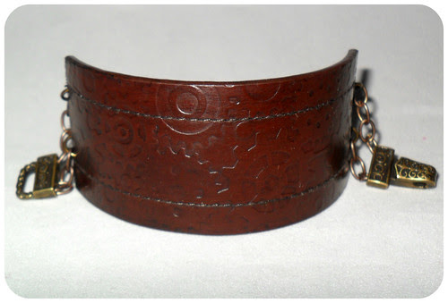 leather_chain_cuff