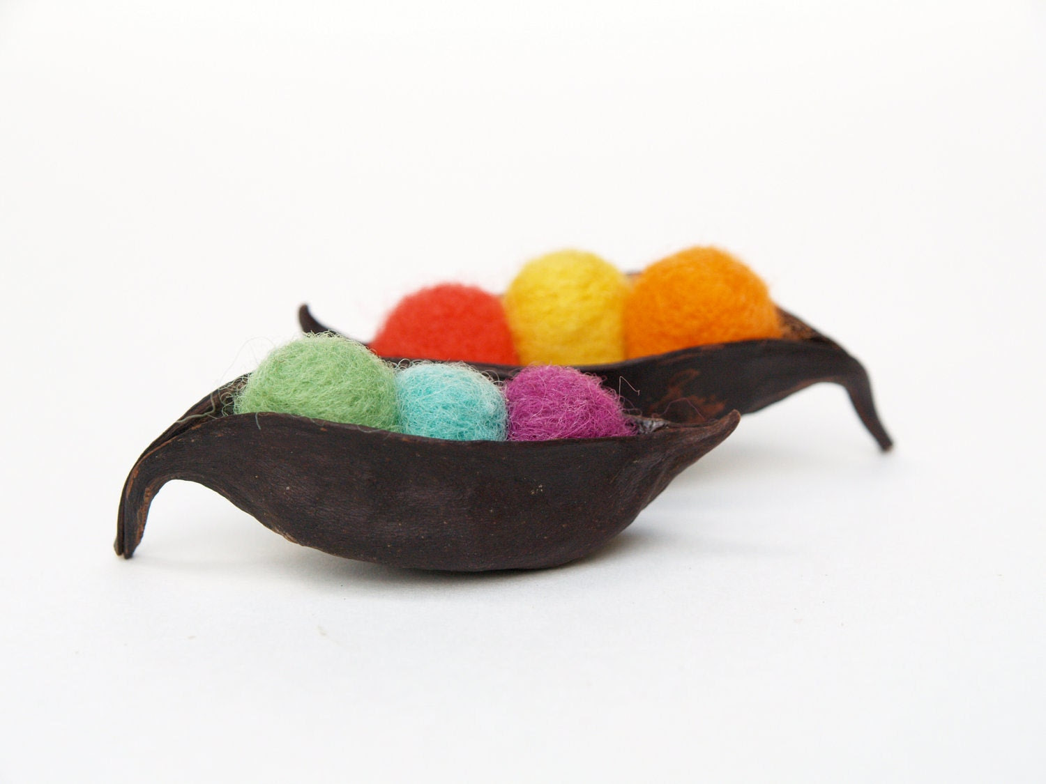 Rainbow Peas in a Pod, needle felted display, unique handmade wool garden home decor nature inspired fall autumn Christmas winter decorating