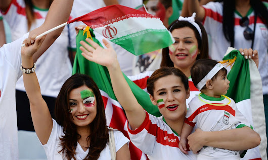 The dancing dozen - 12 wonderful fan moments from the Asian Cup