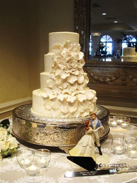 Gorgeous wedding cake by Creative Cakes in Orange, Beauty