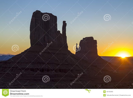 Monument Valley Stock Photo - Image: 46793083