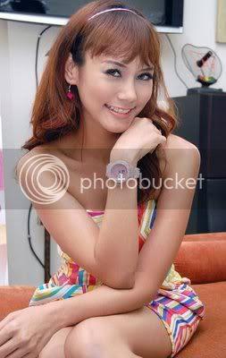 Anita Hara telanjang
