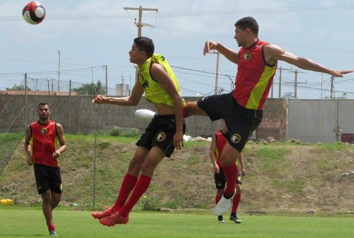 Globo FC - treino Estádio Barretão - Erick - Jamerson (Foto: Rhuan Carlos/Divulgação)