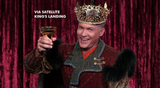 Sam Champion Pays Homage to King Joffrey of 'Game of Thrones' for 2013 Buzzy Awards