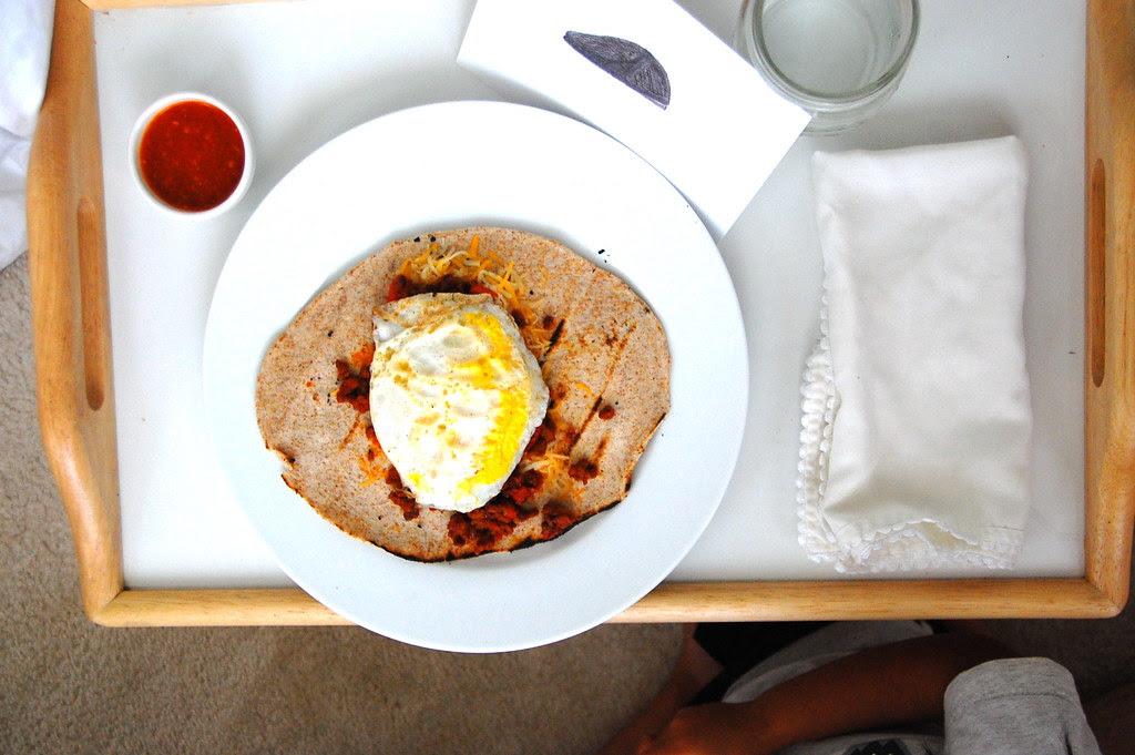 papi's breakfast in bed