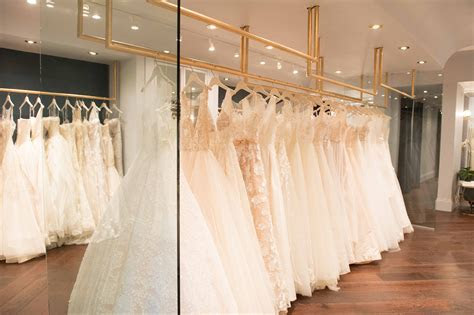 Tips for Choosing Your Dream Wedding Dress from Carine's