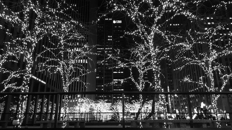 8 Best Places To Spend Christmas In Nyc New York Tour1 Blog
