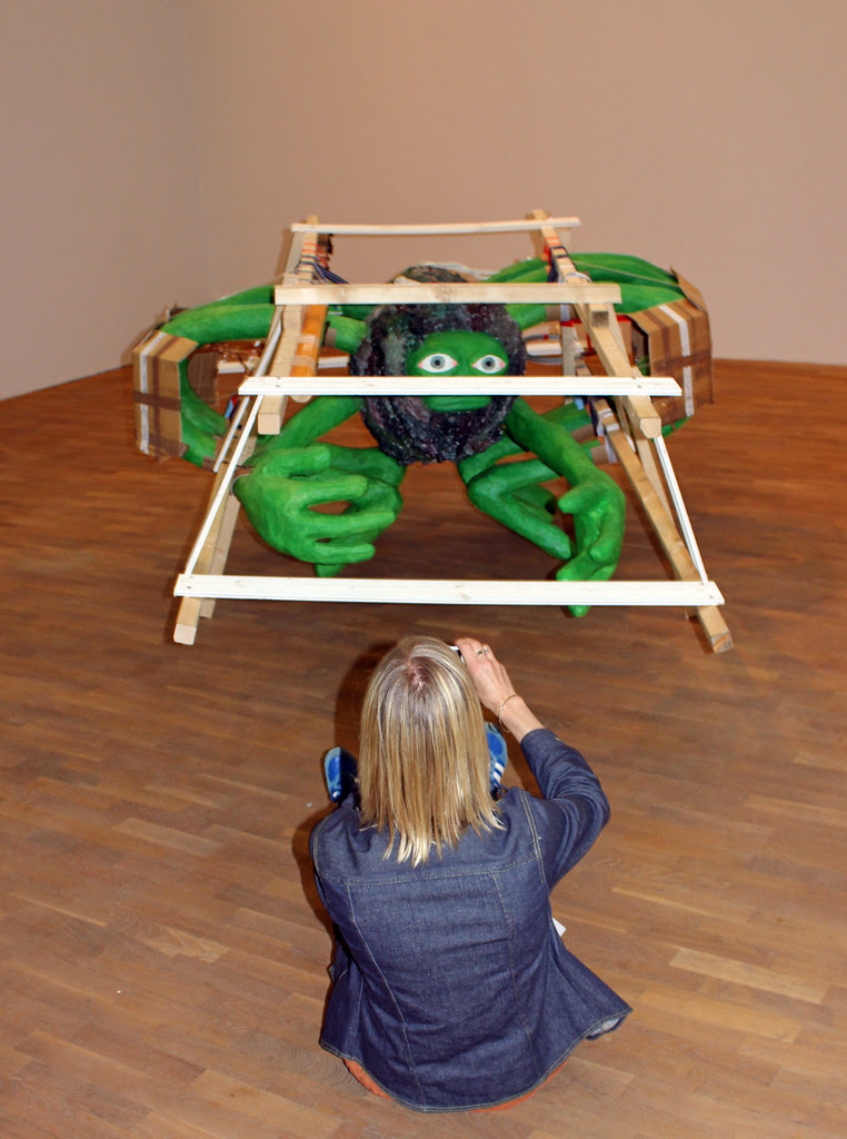 The Art Curator and the Giant Green Spider