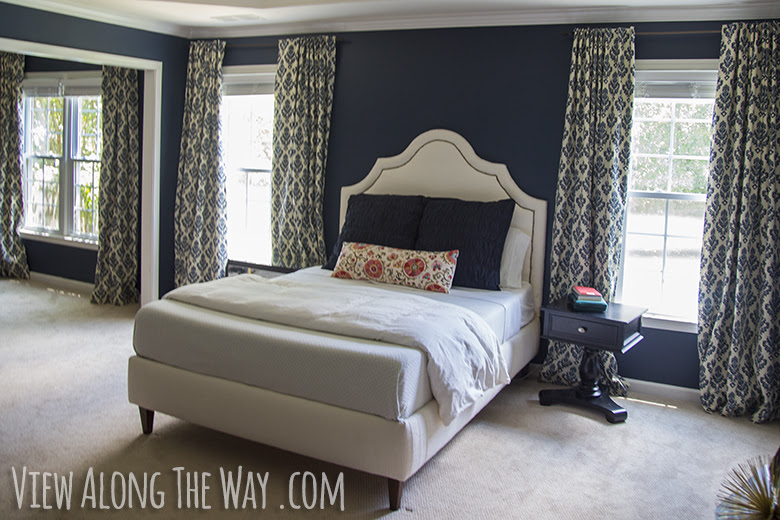 Benjamin Moore Hale Navy paint color