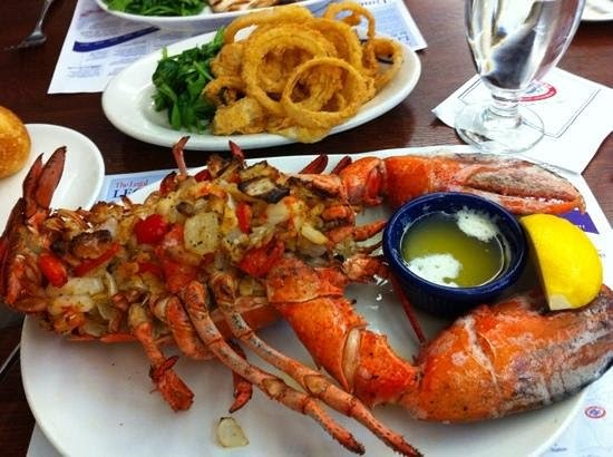 Seafood Chain Restaurant Recipes: Baked Stuffed Lobster