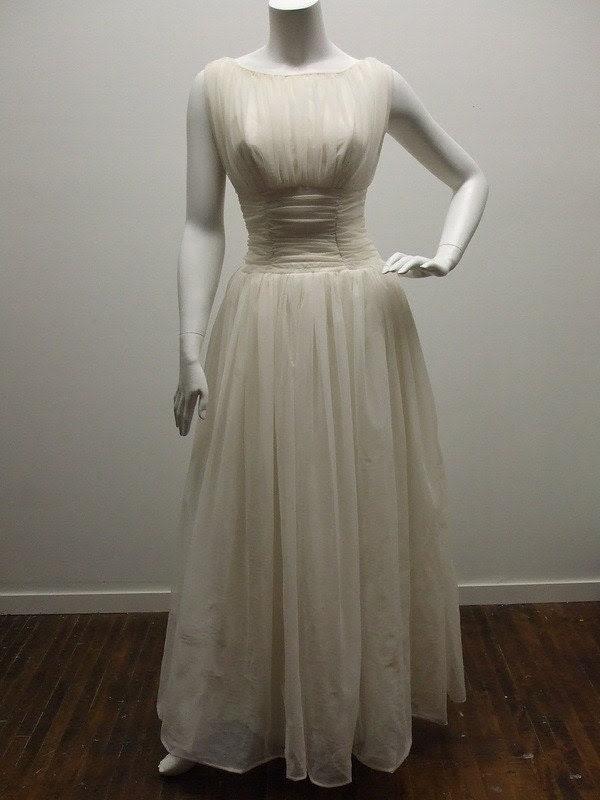 1950s eggshell chiffon full length wedding dress