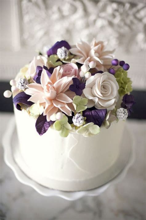Sugar Flower Cake Topper (from @Lizz Kuehl's wedding