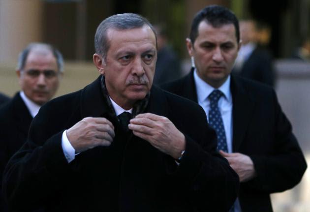 Κουμπώνεται ο Ερντογάν μετά από τις αντιαμερικανικές κορώνες