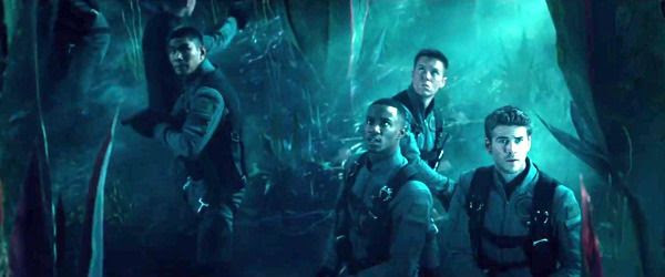 Jake Morrison, Dylan Hiller (Jessie Usher) and their fellow soldiers find themselves in alien territory in INDEPENDENCE DAY: RESURGENCE.