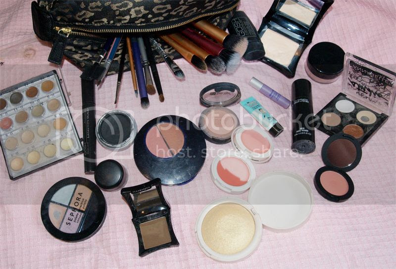 Makeup bag and makeup